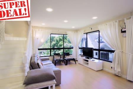 (E3) 4BedRoom, 3Bath, duplex aprt 四房1厅3卫复式公寓-150平米