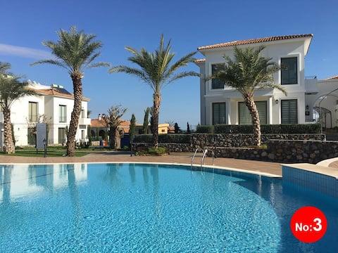 Sea&mountain view 'Stylish flat'-Kyrenia/Alsancak