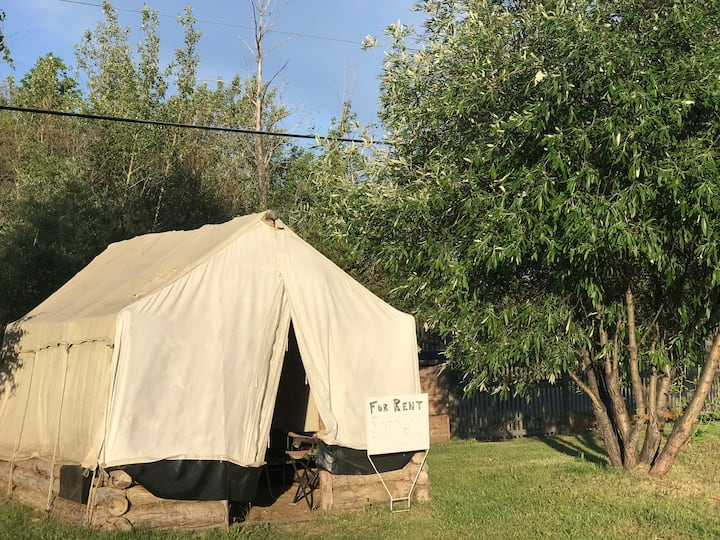 Papaw's River Run Cabin- Trapper Tent