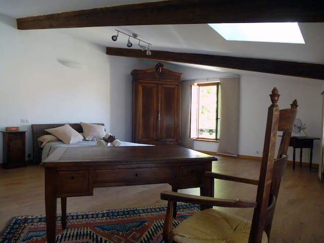 Chambre 2nd étage  lit 160
