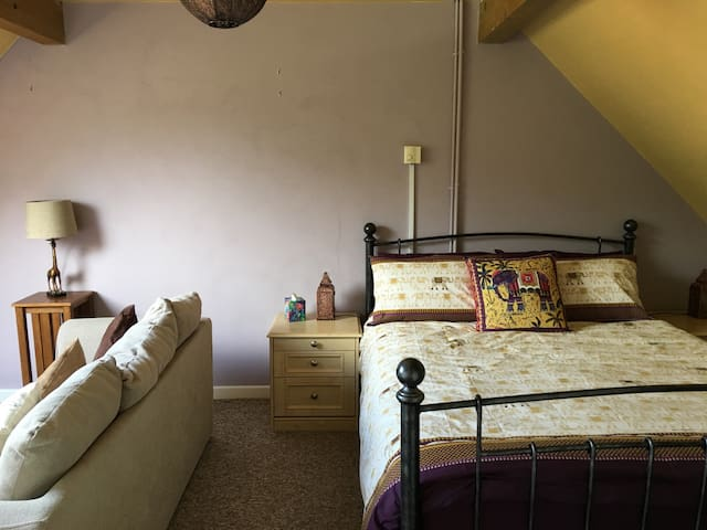 A Large Double/Family ensuite B&B in Watlington