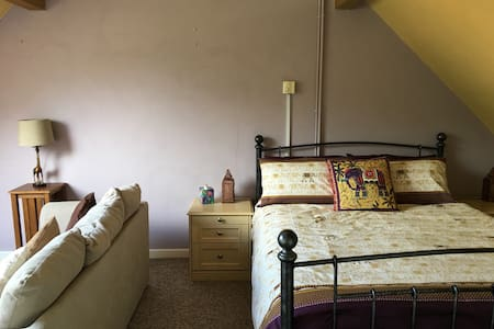 A Large Double/Family ensuite B&B in Watlington - Watlington - 住宿加早餐