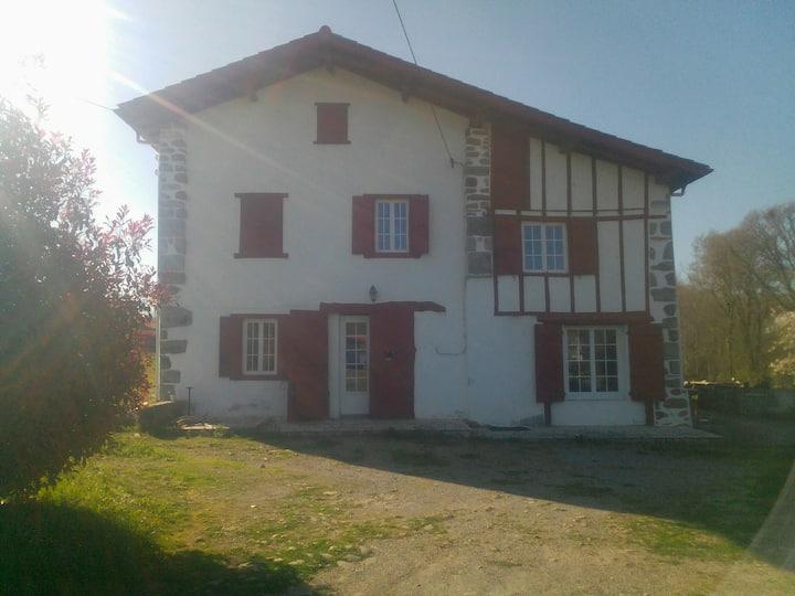 Chambre  1 dans Maison Pays-Basque