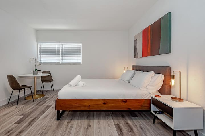 Bedroom with queen size bed & fold out twin sofa bed