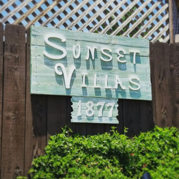 Welcome to Sunset Villas Vacation Rentals.  The Hideaway Cottage is waiting for you!