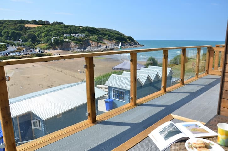 Aberporth Glamping,Pabell Pren,1 Min Walk to Beach