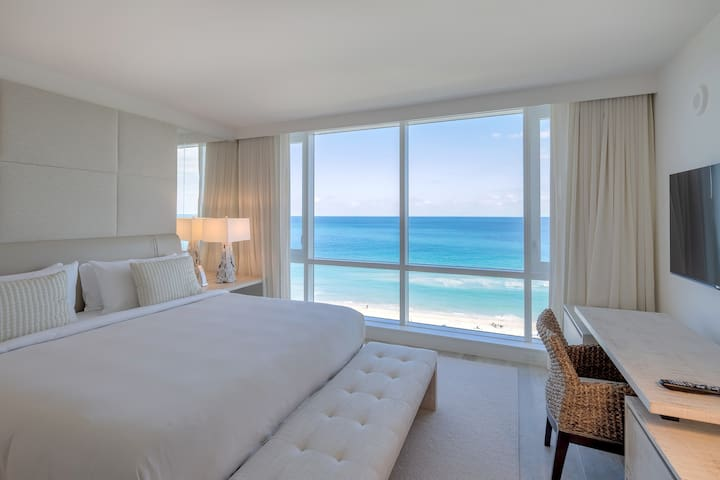 2/2 Direct Ocean #1520 Located at 1 Hotel & Homes