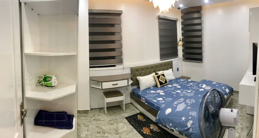 1BR with Livingroom and Kitchen Venice Khánh Phong
