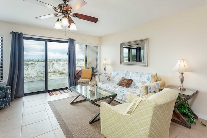 Beachfront Ground Floor Condo. Pet Friendly!