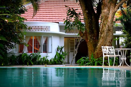 CozyNest - a quaint house in Galle town - Galle - Villa