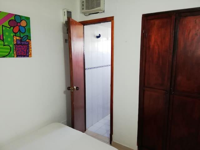 Habitación Piso 1. (Cama doble y baño interno)