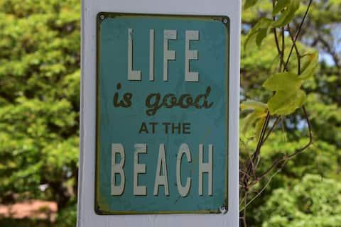 Beach Front Guest House face à l'océan Indien