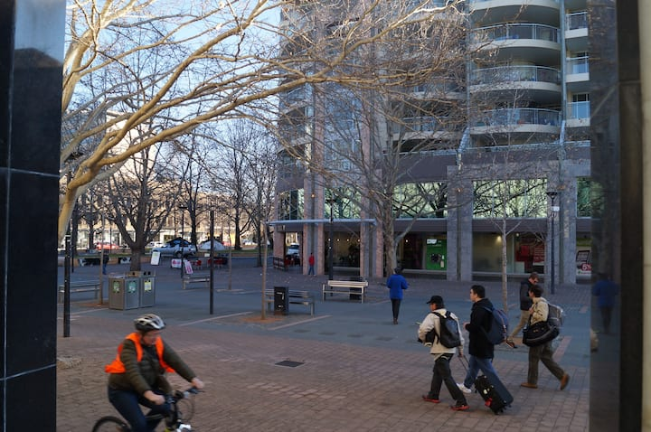 Apartment in centre of Canberra CBD