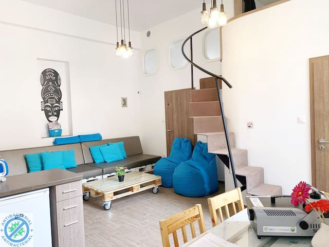Brand new flat(M1) in the downtown NOpartyNOnoise.