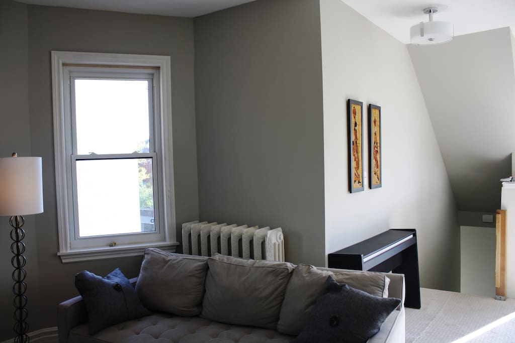 living room entrance and digital piano