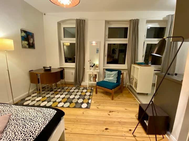 1-room apartment in Kreuzkölln/WIFI