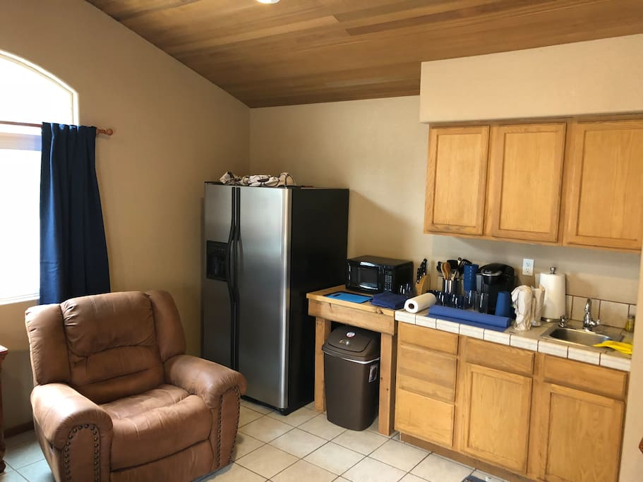 Kitchen area ( Fridge, Microwave, Sink)