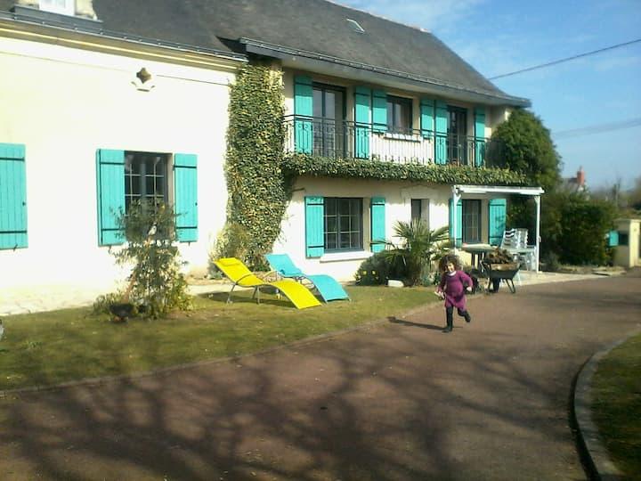 Longère avec terrain entre Angers et Saumur
