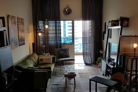lovely apartment - TECOM - 迪拜