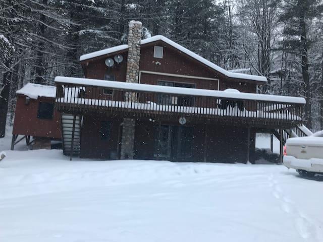 Killington Ski House Lower unit sleeps 10