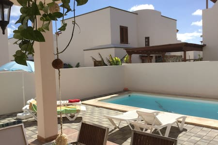 Villa Maya B&b Super room with private Living room - Costa Teguise