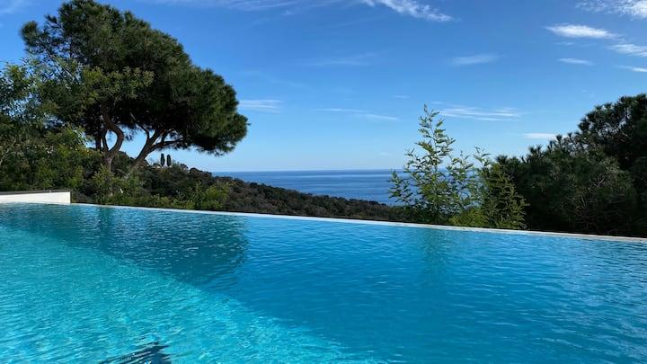 Luxusvilla Boreas * 180°Meerblick * Pool * 8Gäste