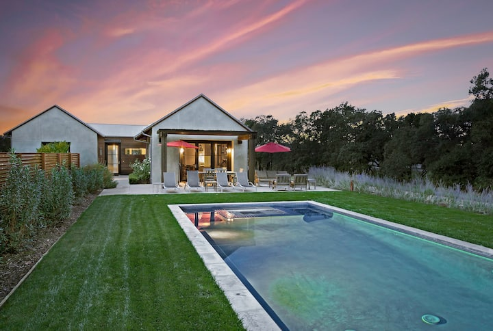 Modern, Stunning, Eco-friendly | Heated pool & Spa