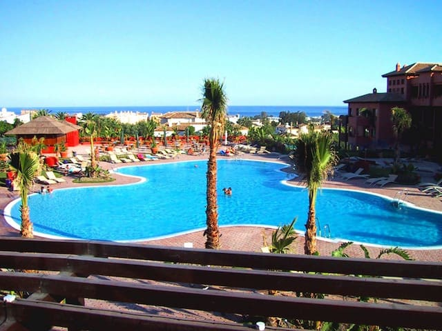 Apartment  in Caledonia Golf Resort ,Costa del Sol - Estepona - Apto. en complejo residencial