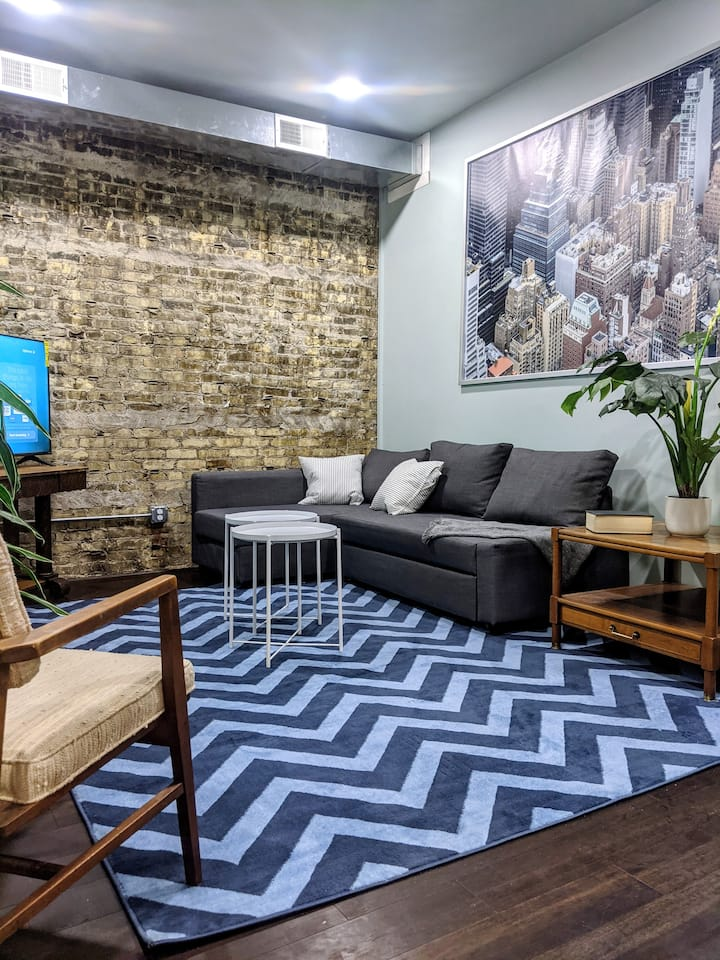 Modern Bayview/Downtown 3 Bedroom Beauty