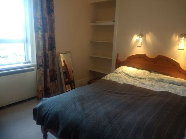Quiet apartment close to city centre