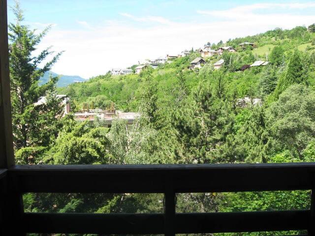 alpes du sud 300 jours de soleil - Embrun - Condomínio
