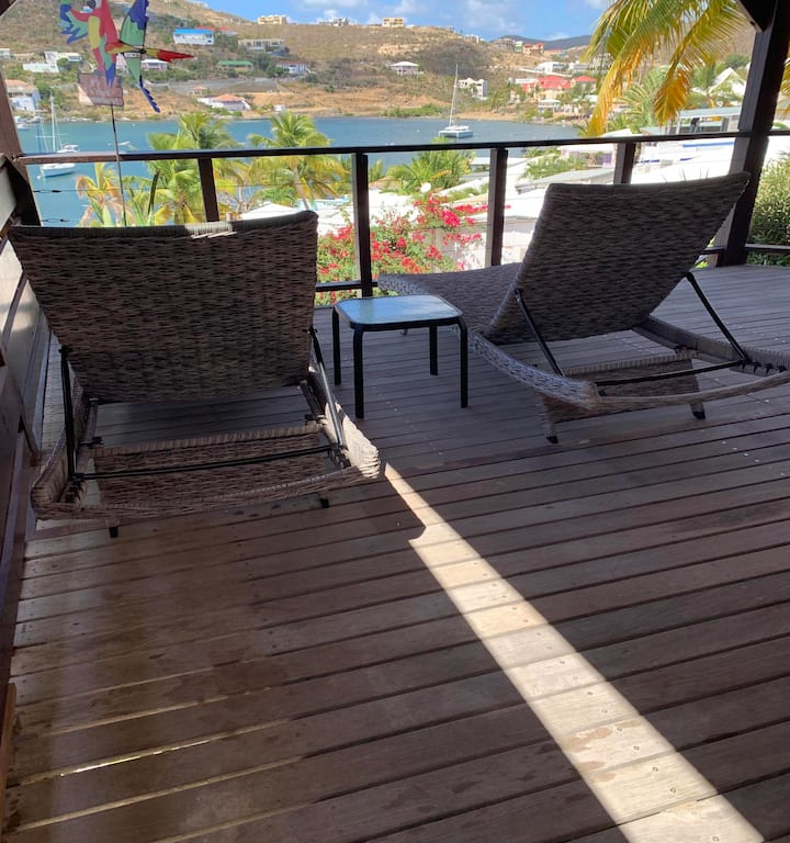 LES BALCONS D'OYSTER POND BUNGALOW N°5 WITH EXTRA LARGE TERRACE POOL LEVEL