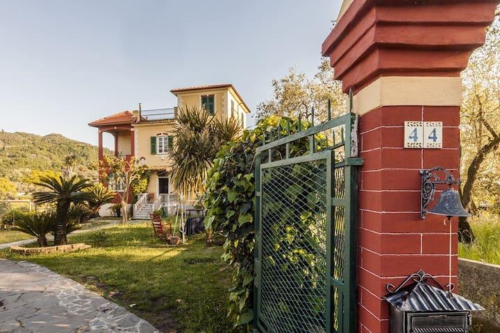 La Costa dei Fieschi - love & nature Ginko room