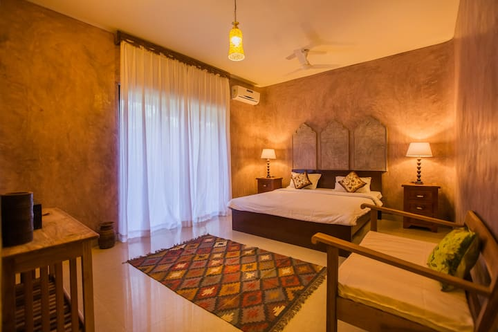 Boutique Room on Morjim Beach w B'fast & PoolsChakra Room - ABNB 26147101 Chakra Room