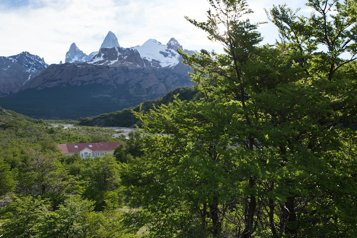 Charming double room in front of mount Fitz Roy