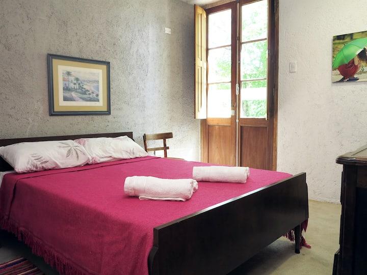 Habitación privada en Posada Paloma, La Granja