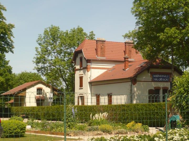 Gîte de l'ancienne gare, 6ch, 15' de Reims
