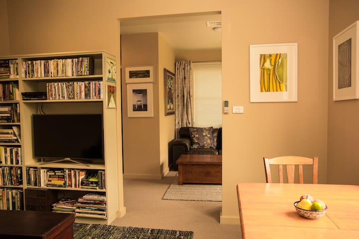 Sitting room 2 with 3 seat leather sofa, Smart TV, DVD player, Wifi