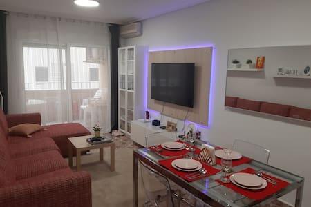 Apartamento moderno en la playa del cura