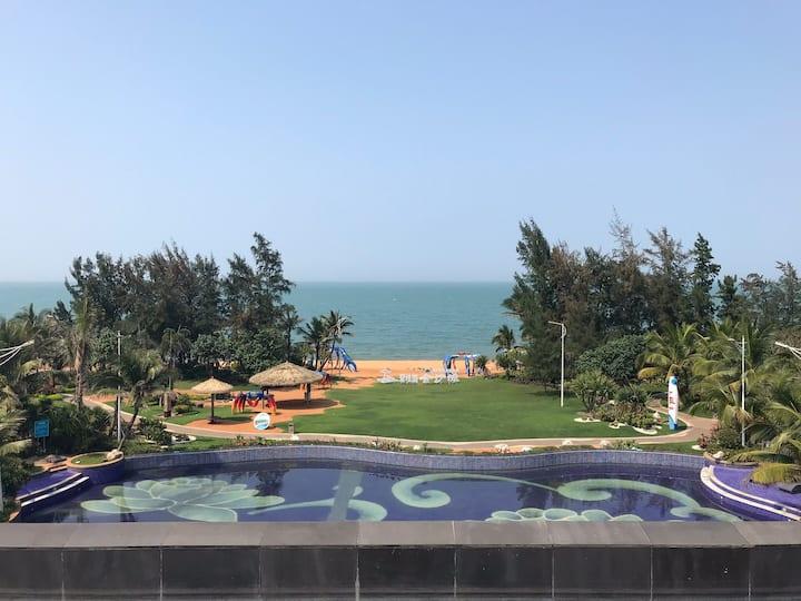 碧桂园金沙滩65平公寓出门100米看海