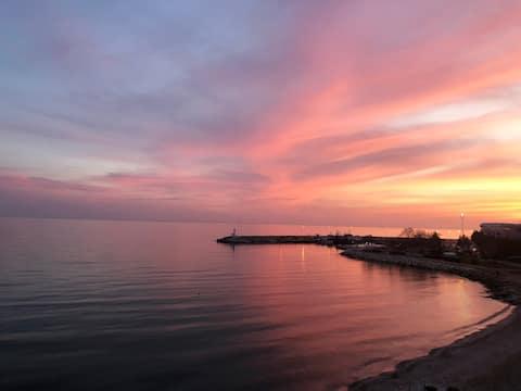 Panoramik Deniz Manzarası ve Barbekü