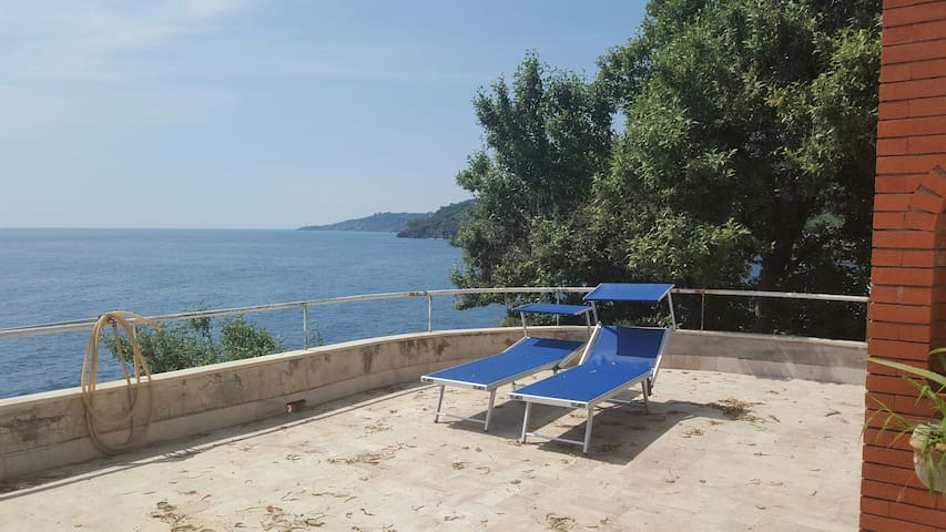 Charming House direct on the sea - Acireale - House