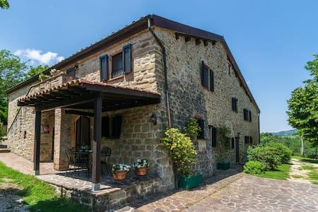 Chic Farmhouse with Hill View in Fratticiola Selvatica Italy