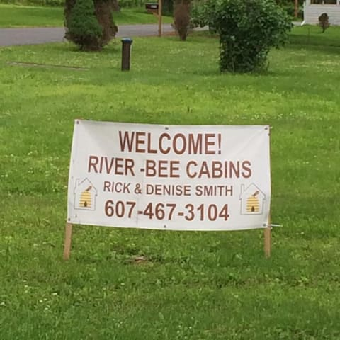Delaware River-Bee Cabins