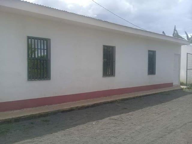 Se alquilan casas en Sabana Grande, Managua