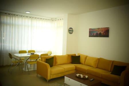 Lalez Apartments