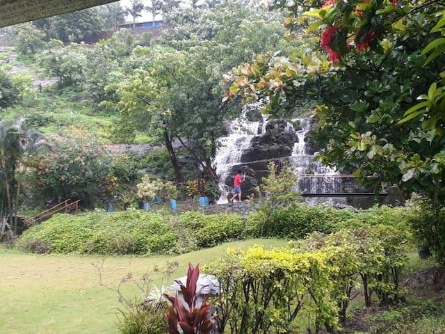 Hill View-Giriraj Farm House