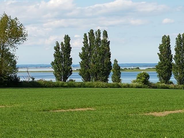 Nedlagt landbrugsejendom med havudsigt. - Marstal - Huis