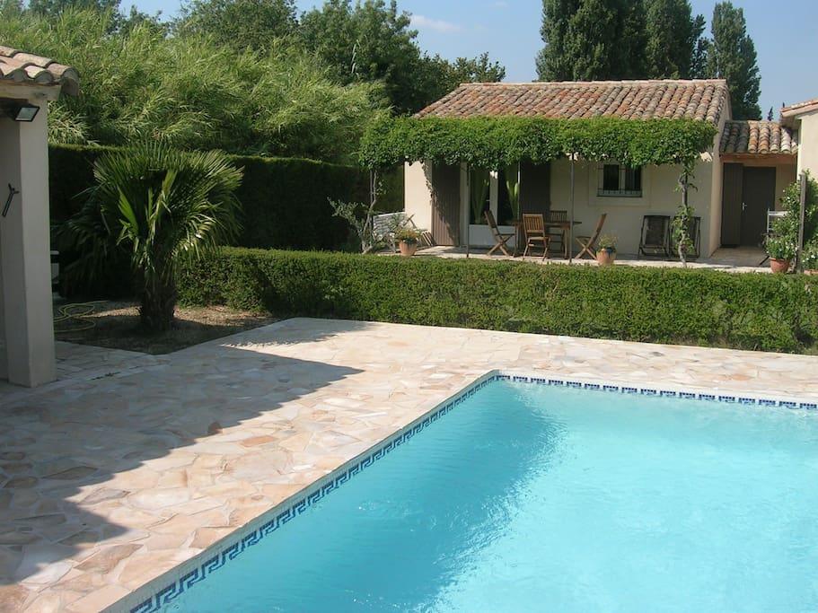 G te climatis avec piscine au pied des alpilles houses for Gite provence piscine