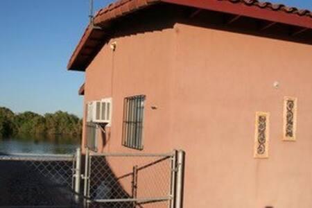 Nacho's camp - Huis